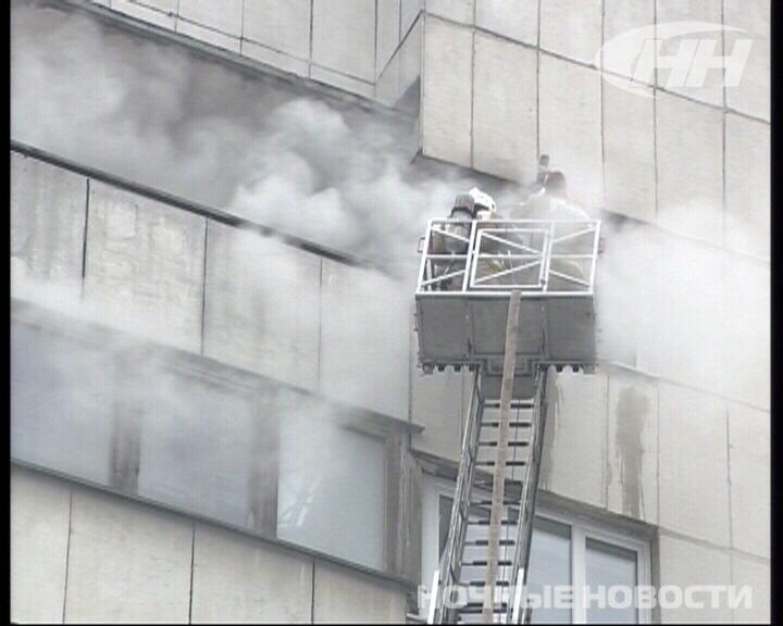 В многоэтажке на Луначарского горела квартира