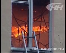 В Екатеринбурге два часа тушили пожар в сельхозакадемии