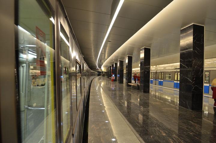 На новой станции московского метро обрушился потолок