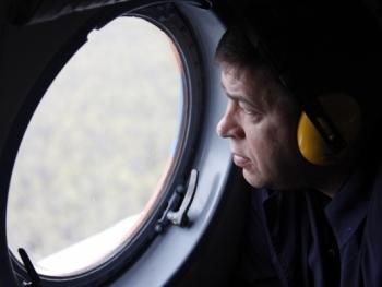 Переобулись: Куйвашев вдвое сократил выплаты семьям погибших в Ан-2