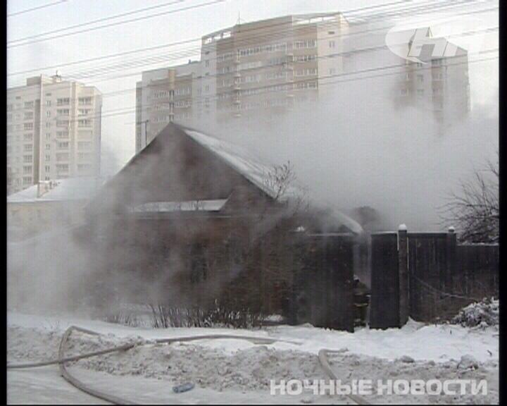 Попытка обогреть частный дом на Уктусе привела к пожару