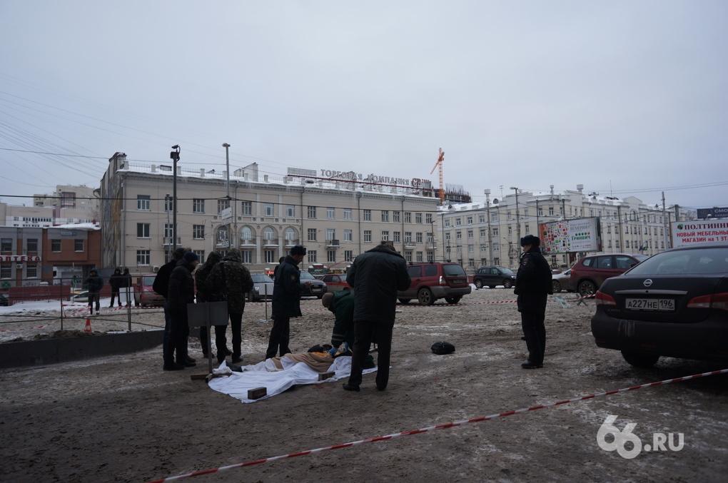 Самоубийца прыгнул с «Высоцкого», воспользовавшись крепежом для люльки мойщиков
