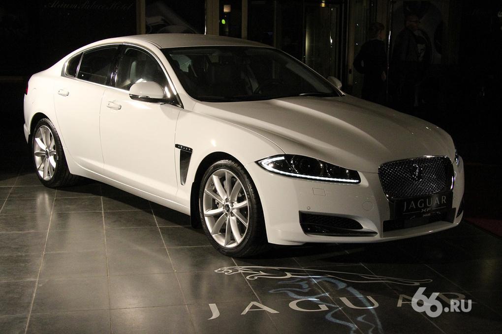 Минфин: налог на роскошные машины можно привязать к их маркам