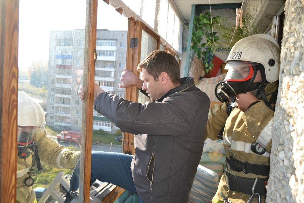 Эхо пожара в Красноярске: екатеринбуржцев научат эвакуироваться из высоток