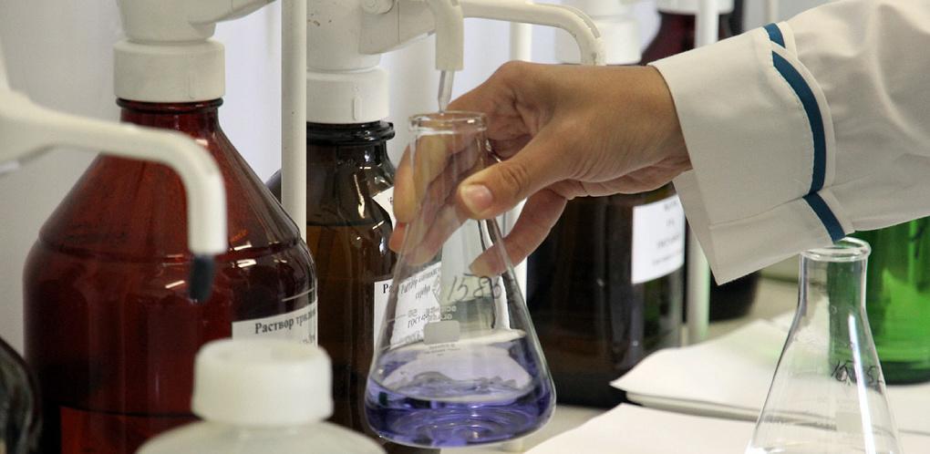 Химики-ядерщики исследовали 50 проб питьевой воды: радиоактивная карта Екатеринбурга и пригородов