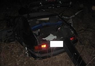 На Серовском тракте многотонный тягач разорвал легковушку