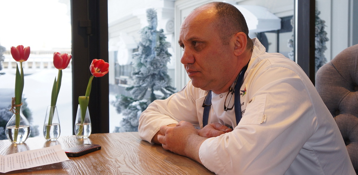 Шеф-повар, кормивший Путина: «В ресторанах вам будут подавать свеклу и картошку. И санкции тут ни при чем»