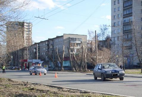 На Щербакова ВАЗ сбил двух пешеходов