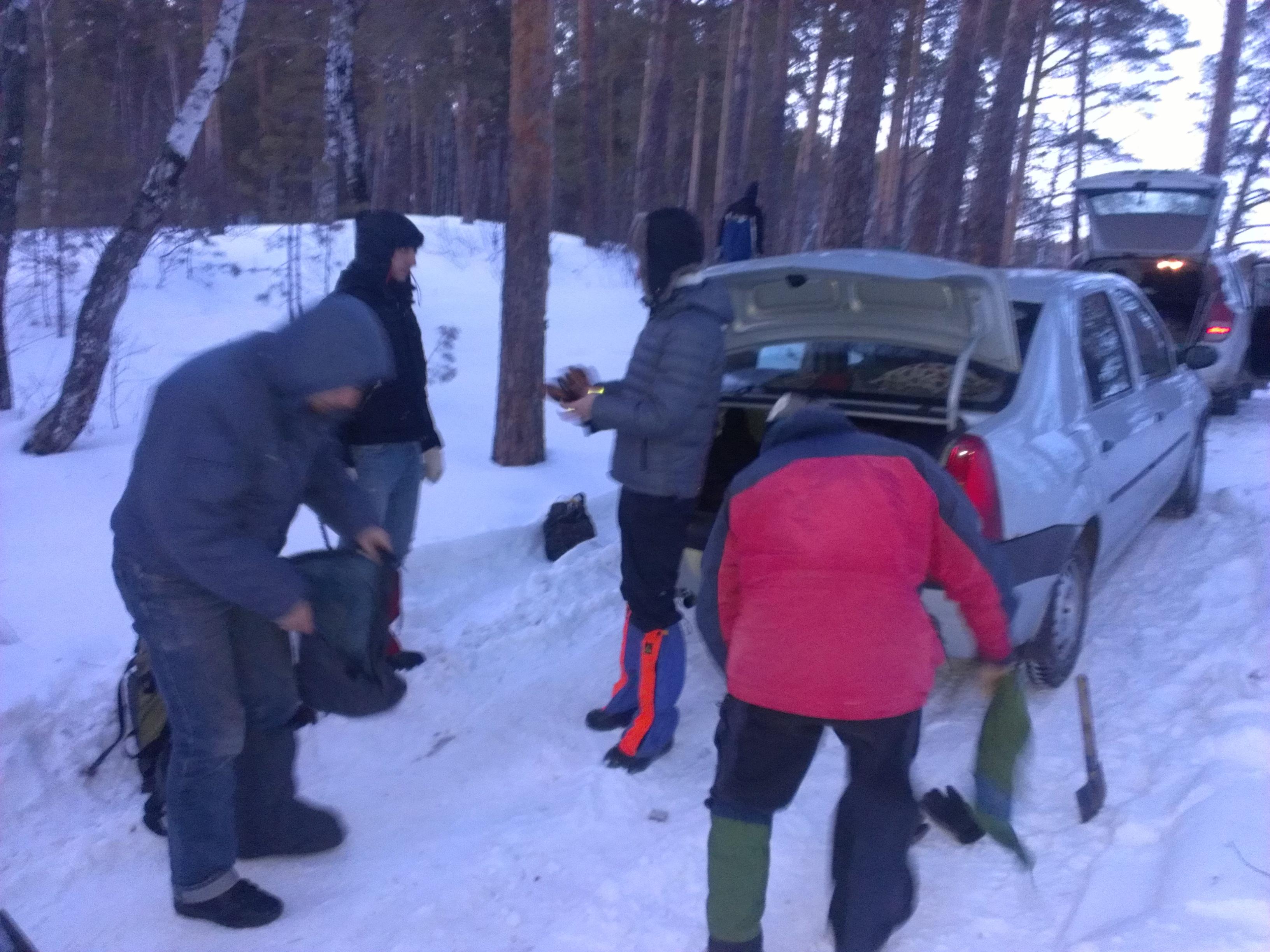 Ученые из УрФУ ищут метеорит в челябинских лесах