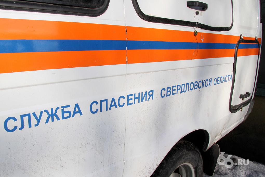 На Тюменском тракте два грузовика зажали «Оку»