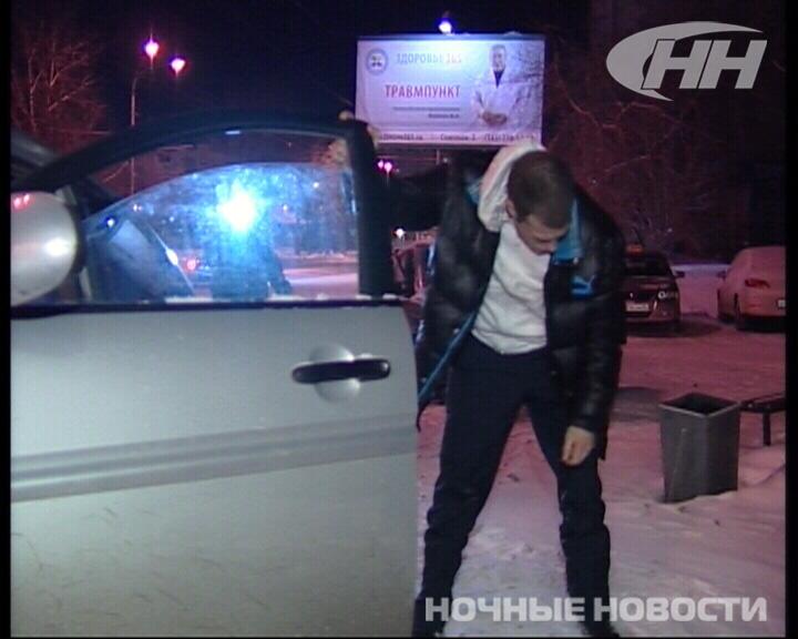 В Екатеринбурге невменяемый водитель вылетел на тротуар