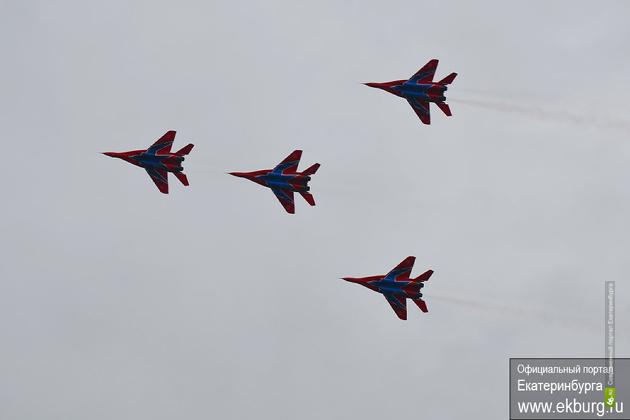 Чиновники и военные не хотят отвечать за пробки во время авиашоу
