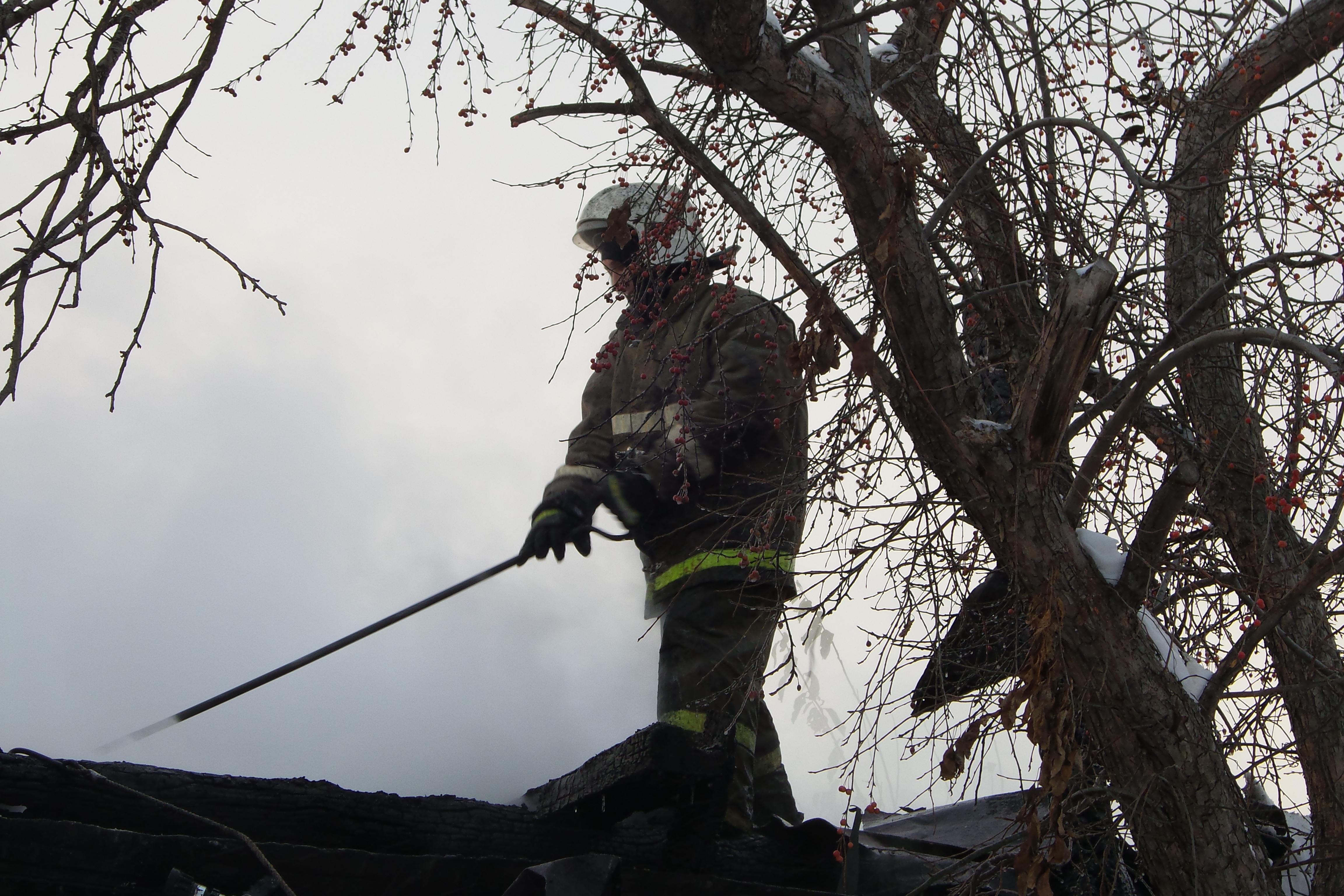 В частном доме возле «Карнавала» сгорел выпивший мужчина
