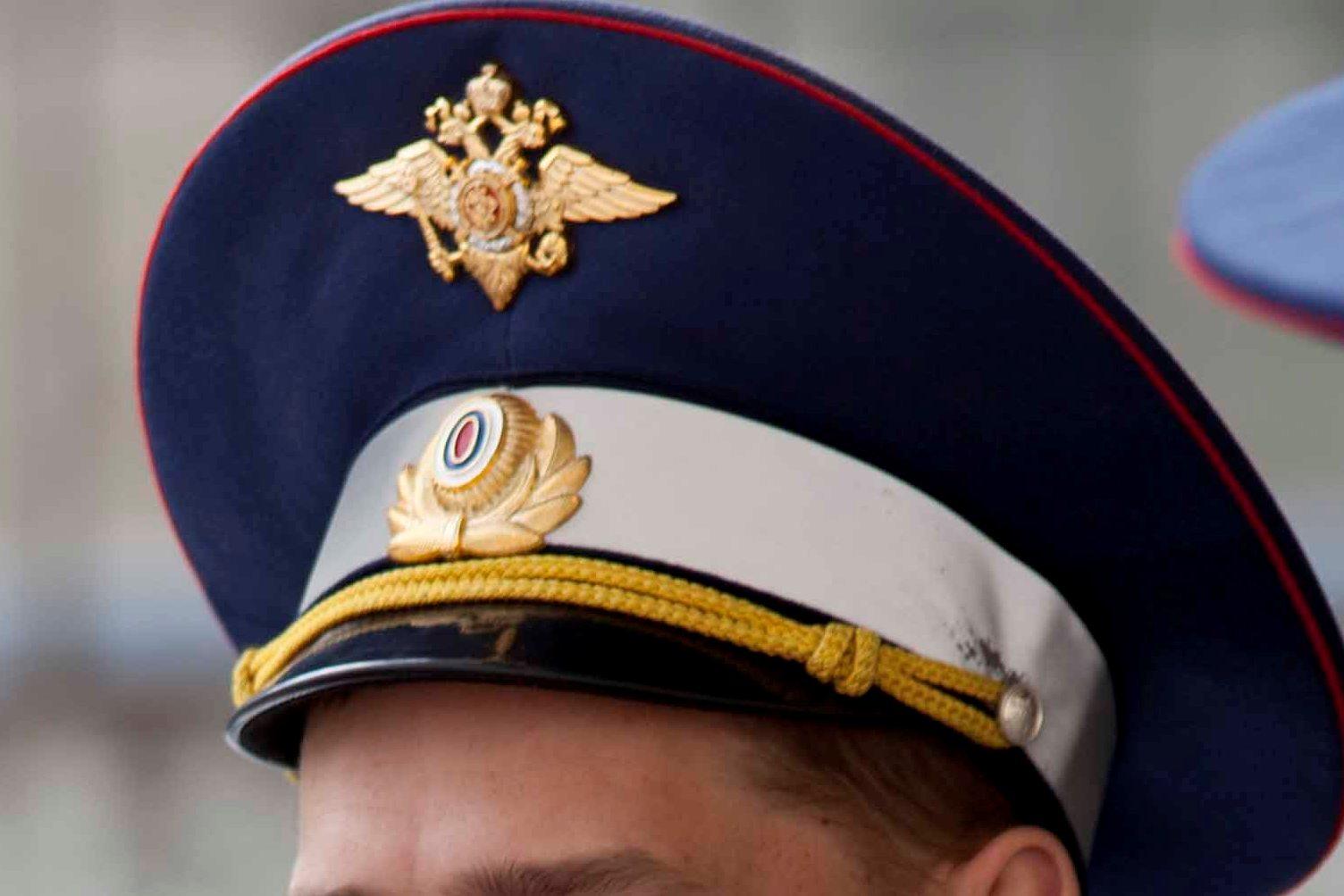 В Екатеринбурге сотрудник ГИБДД попался на взятке