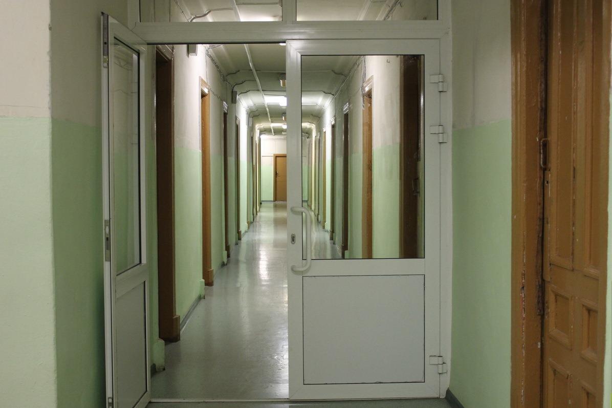 Четыре человека на койку: студентам УрФУ не хватает мест в общежитиях