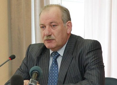 Липович: в Екатеринбурге ежегодно ремонтируется только 5% дорог
