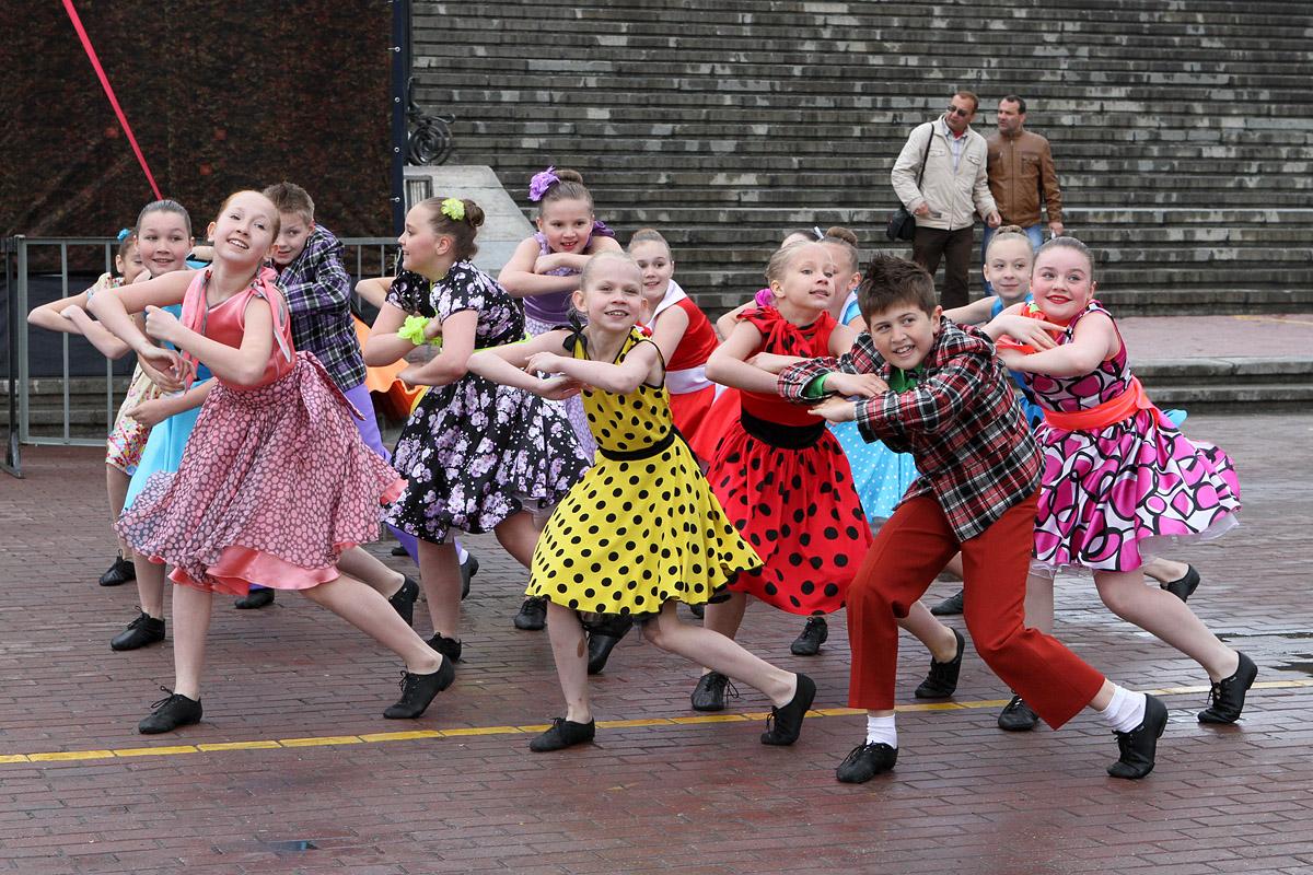 Фоторепортаж 66.ru: танцы на велосипедах и кузня в центре города