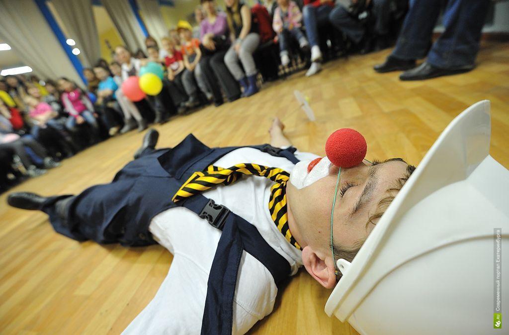 Столица клоунов: на выборы мэра Екатеринбурга пойдут три Буркова