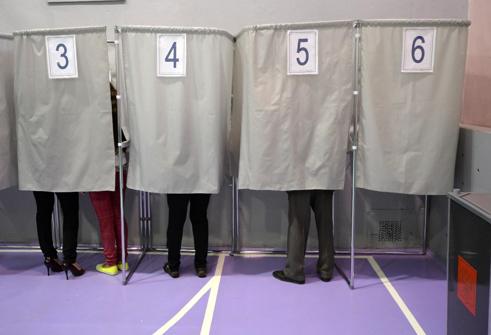 В Кремле подумывают перенести выборы на будний день