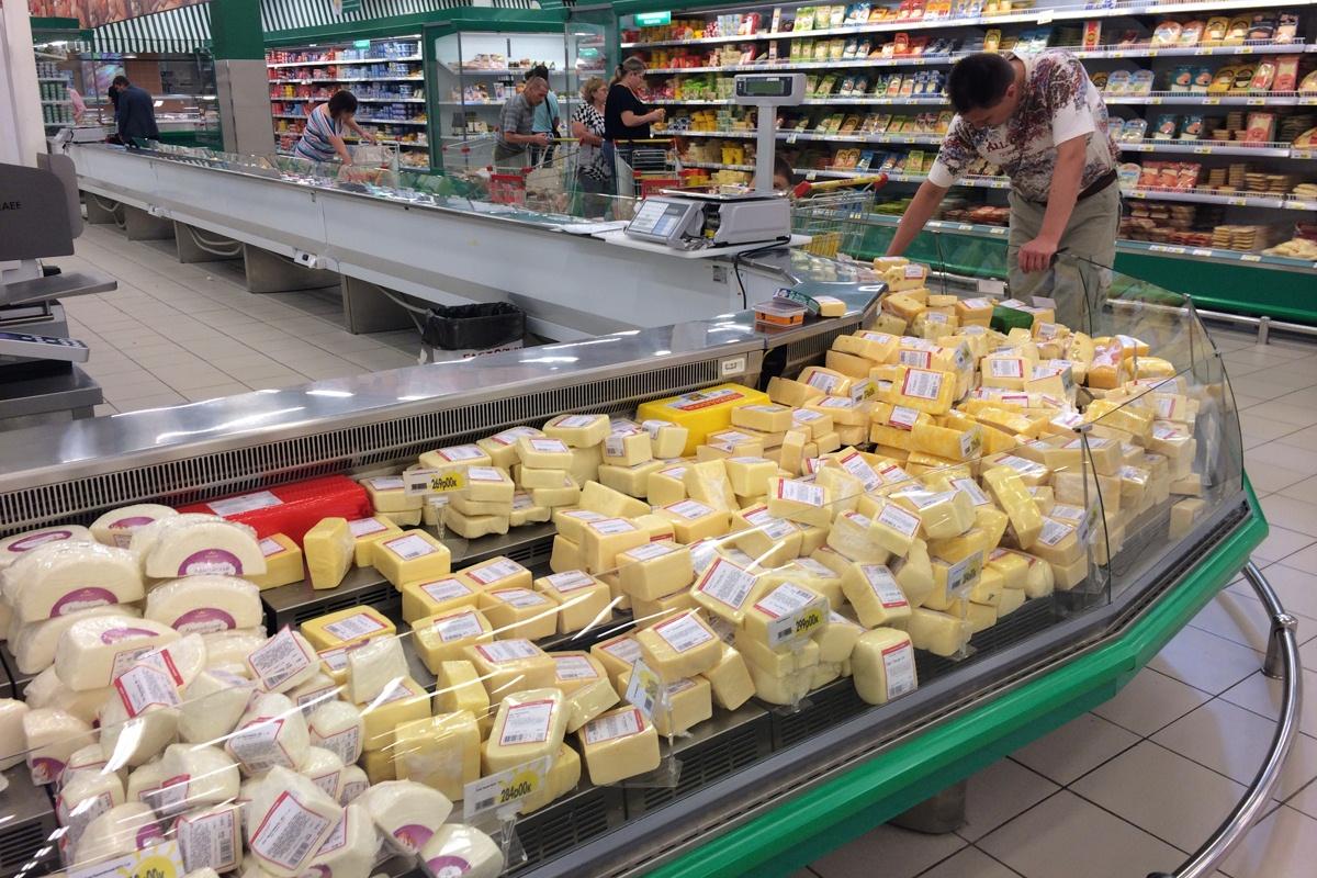 Роспотребнадзор запретил ввоз украинских сыров в Россию