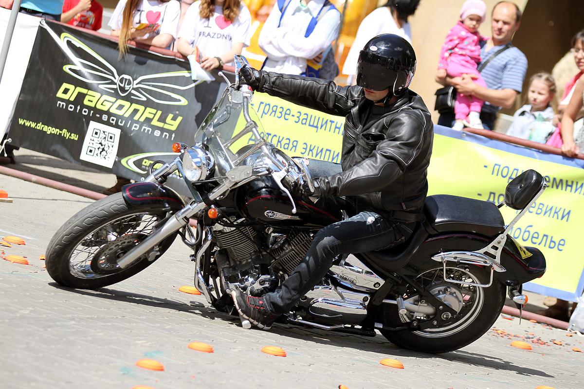 От скутера до чоппера: В ЦПКиО прошли соревнования мотоциклистов