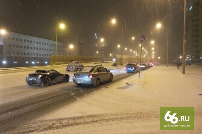 Только прямо и направо: в Екатеринбурге запретили левый поворот с Московской на Щорса