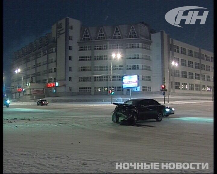 На Юго-Западе Екатеринбурга столкнулись Toyota и Geely