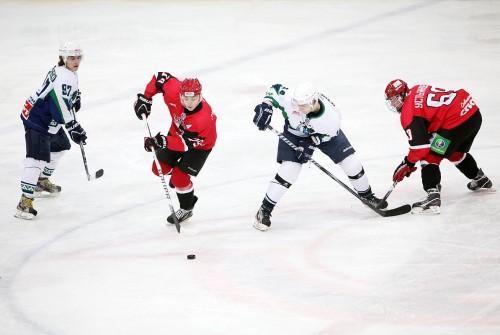 Хоккеисты «Авто» проиграли «Мамонтам Югры» в ответном матче
