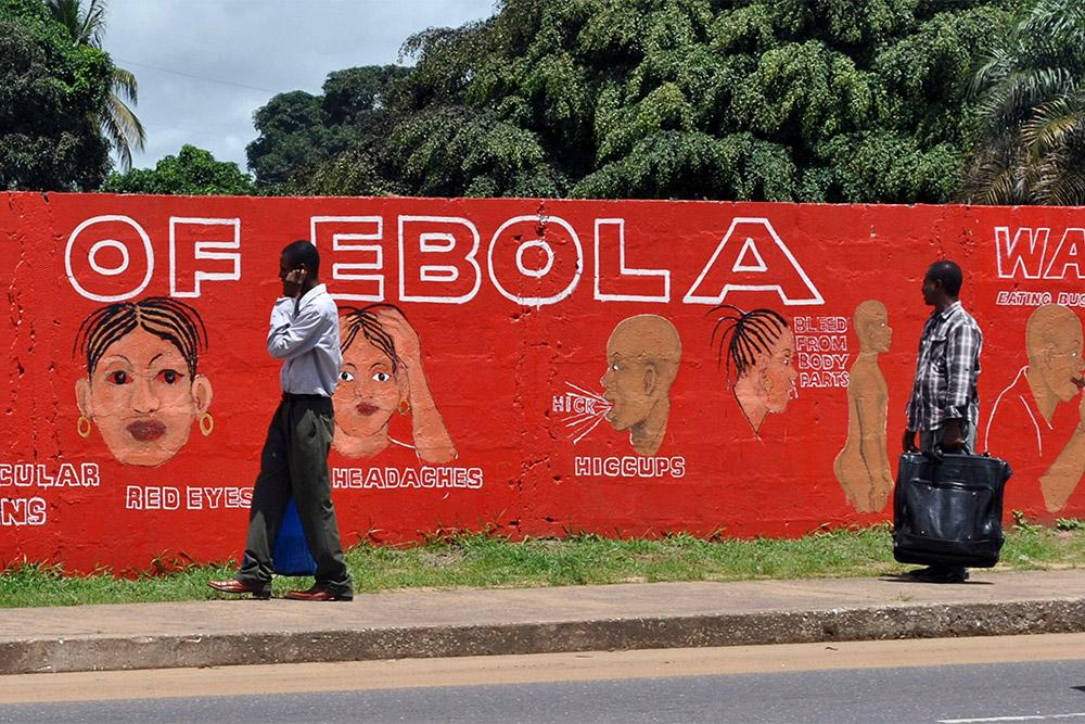 «Российские медики отразят атаку вируса». 10 фактов, которые нужно знать о лихорадке Эбола