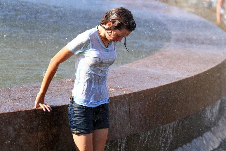 Жаркая погода удержится в Екатеринбурге и в выходные