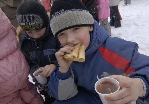 Широкая Масленица в Екатеринбурге: где сжечь чучело и поесть блинов