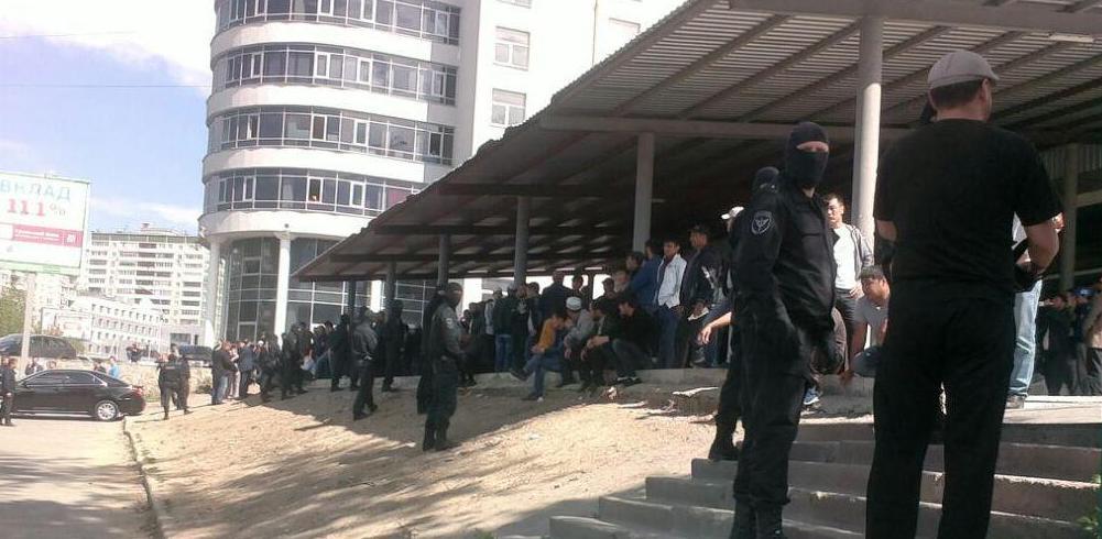 Полиции Екатеринбурга запретили устраивать облавы на мигрантов