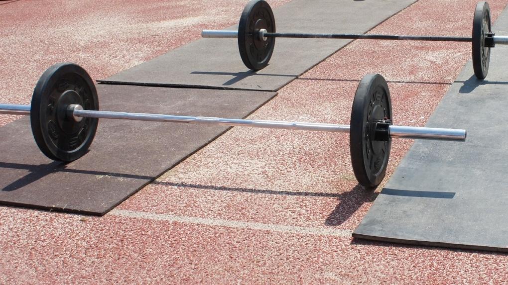 Двум жителям Сургута запретили посещать фитнес-центр из-за внешности