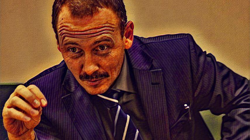 «Он тащит других за собой в СИЗО». Адвокат — о том, в чем виноват блогер Руслан Соколовский