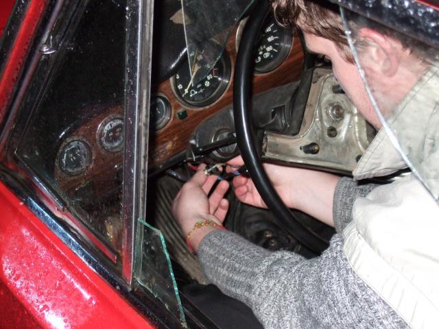 В Первоуральске пьяный автоугонщик заснул на месте преступления