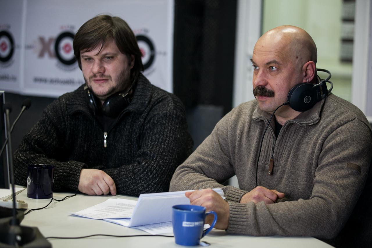 «Красная бурда»: Ода — Путину, вопросы — Прохорову, лозунги — женщинам