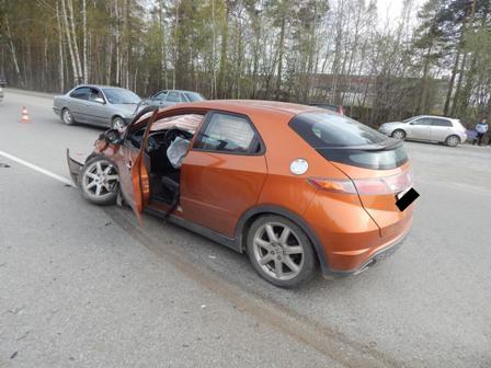 В аварии на свердловской трассе пострадала 9-летняя девочка