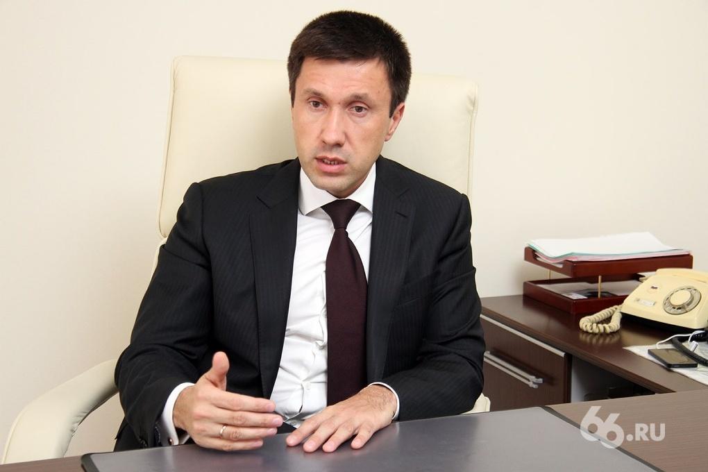 Свердловский министр Пьянков научит крымчан делить землю