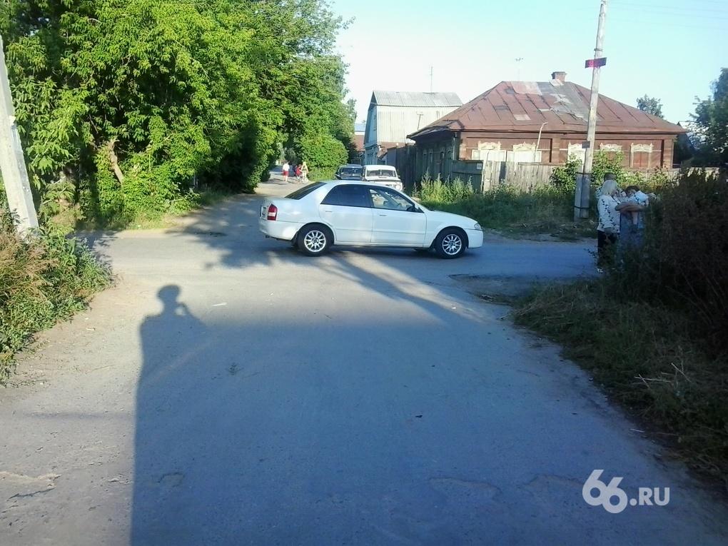 В Екатеринбурге женщина сбила юного велосипедиста