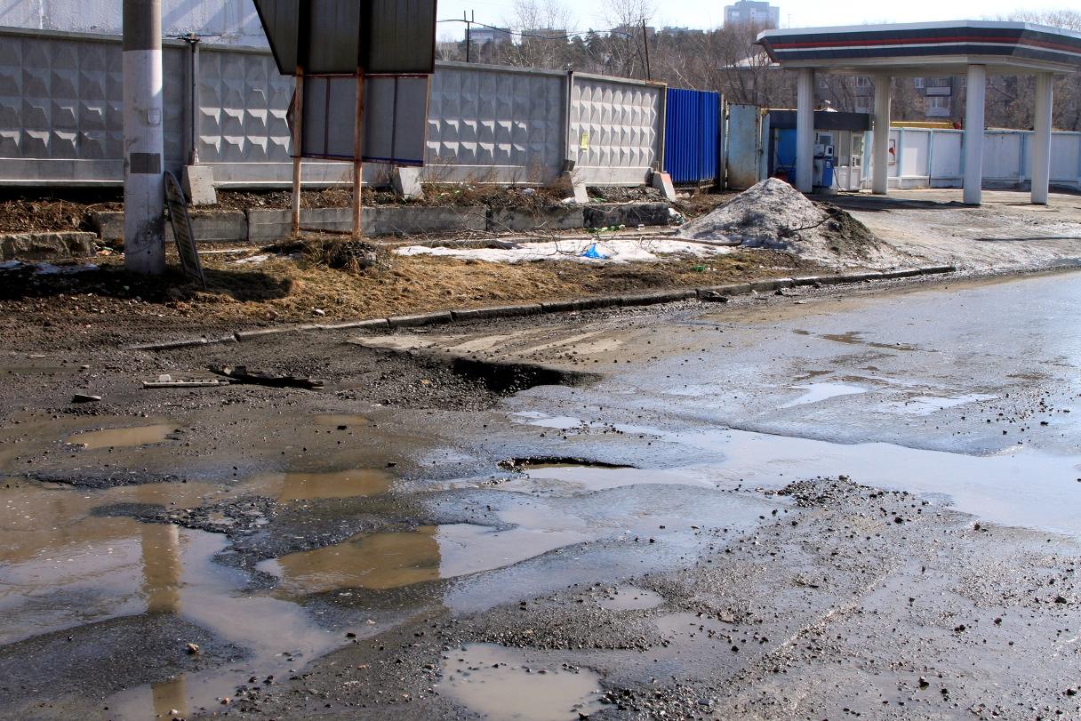 Холодная весна отсрочила дорожный ремонт в Екатеринбурге