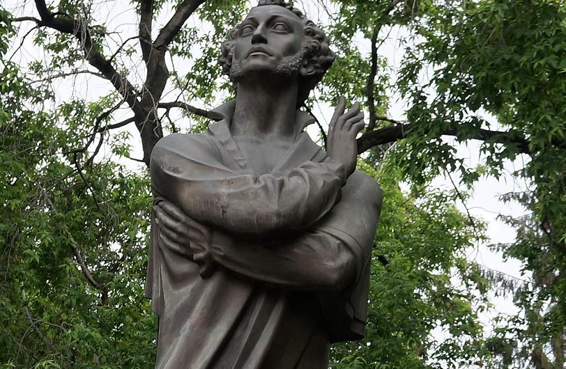 В десяти парках Екатеринбурга появятся новые скульптуры