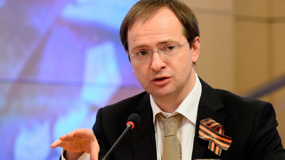 «Беззаконие и цензура». Владимир Мединский сделал заявление о нападках на «Матильду»