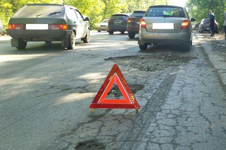 За полгода на дорогах Екатеринбурга погибли 57 человек