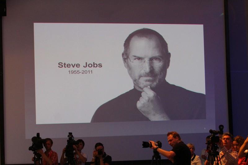 Друг Стива Джобса признался Парфенову, что пользуется Samsung