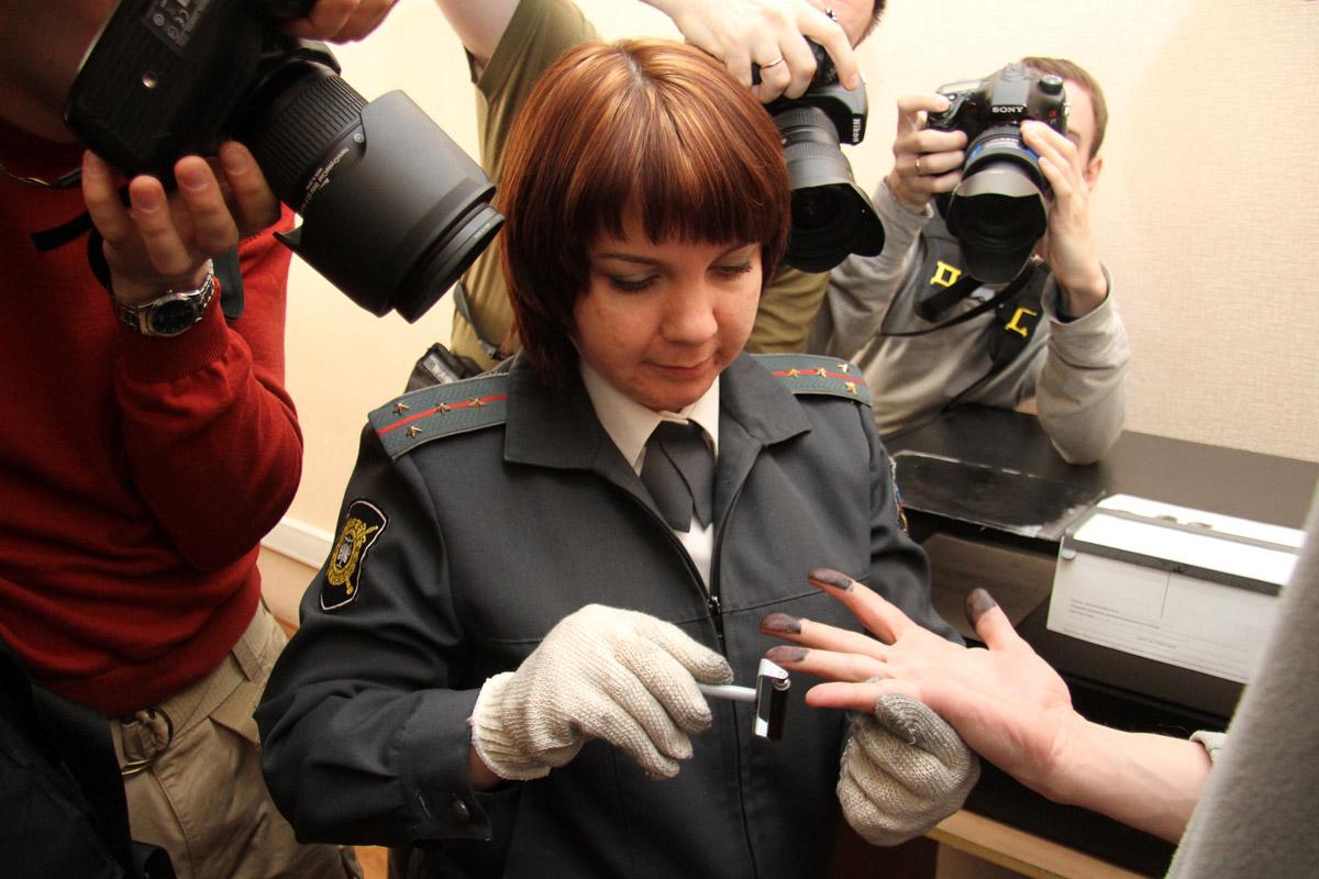 В Екатеринбурге мигранта подозревают в половой связи со школьницей
