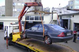В Екатеринбурге на штрафстоянки отправили больше полутысячи авто