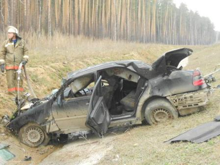 Две смертельные аварии произошли на дорогах Свердловской области
