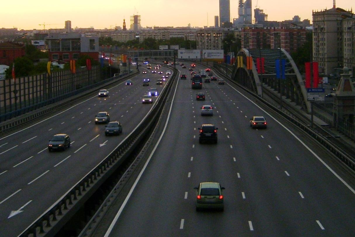 Область утвердила 700 млн рублей на ремонт дорог в Екатеринбурге