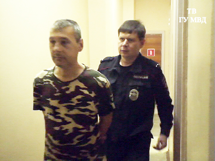 Выдала татуировка: в Новоуральске поймали налетчика на «Санта Барбару»