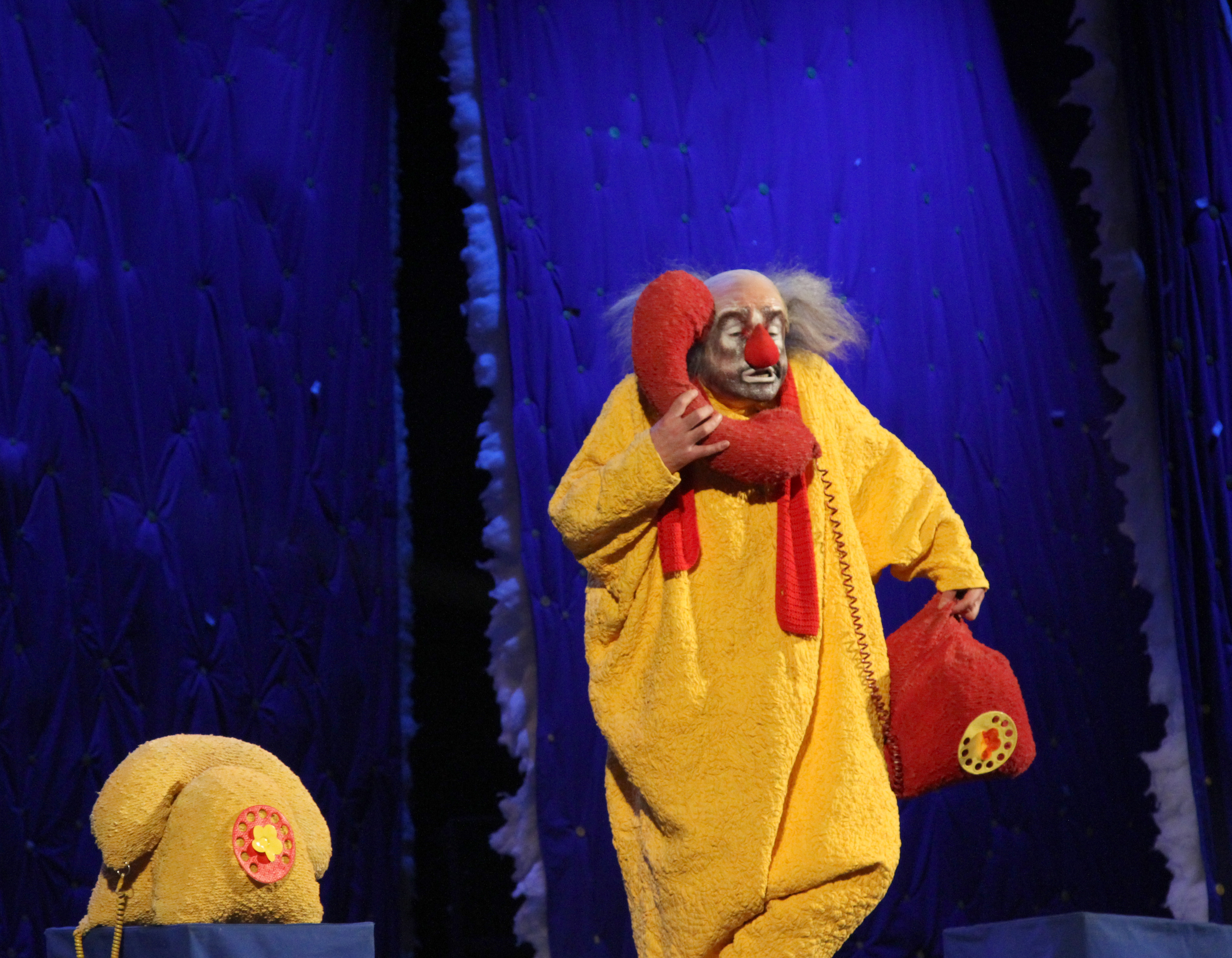 Клоуны шоу Славы Полунина: «Мы учим детей правильному восприятию мира»